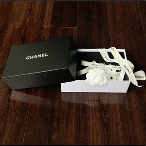 Chanel Box + Packaging